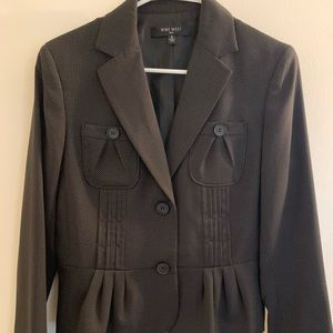 Nine West Size 8 Knee Length Skirt Suit